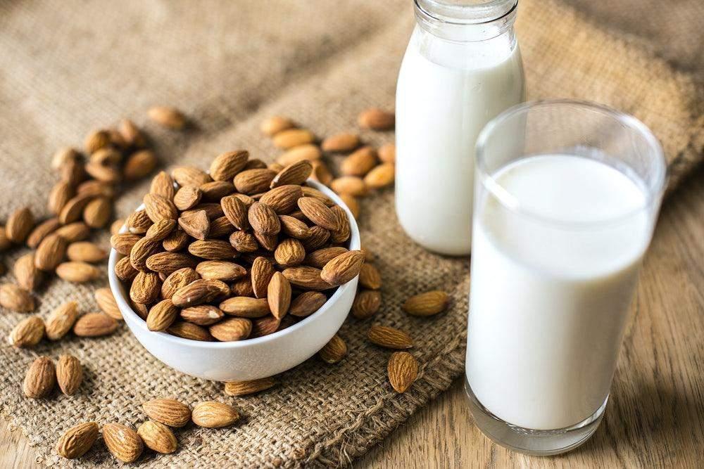 Мигдальне молоко на ніч