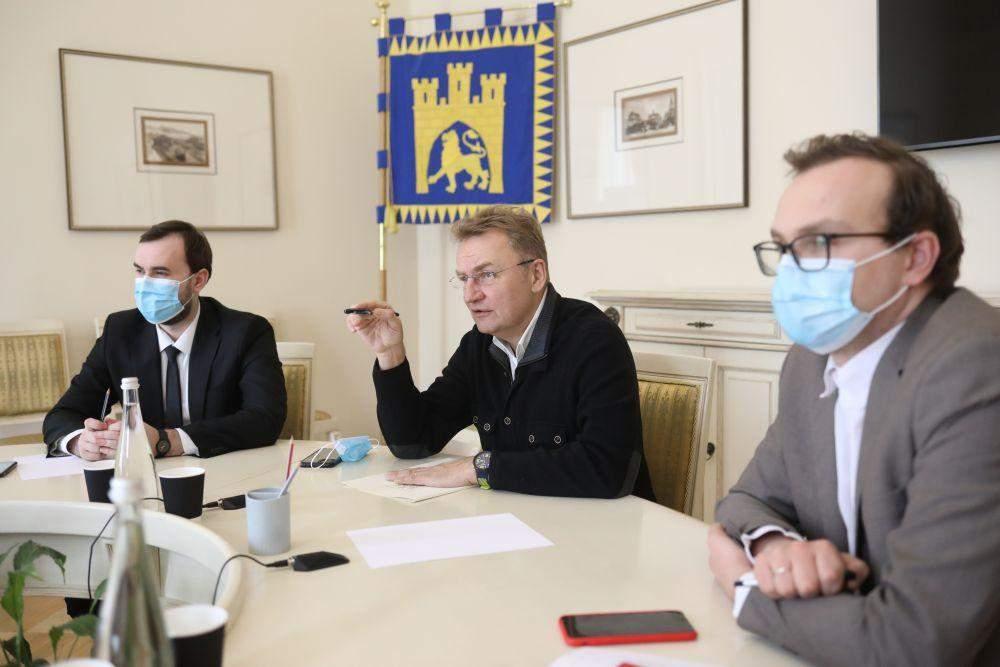 Готуються до Великодня: у Львівських храмах посилено слідкуватимуть за дотриманням карантину