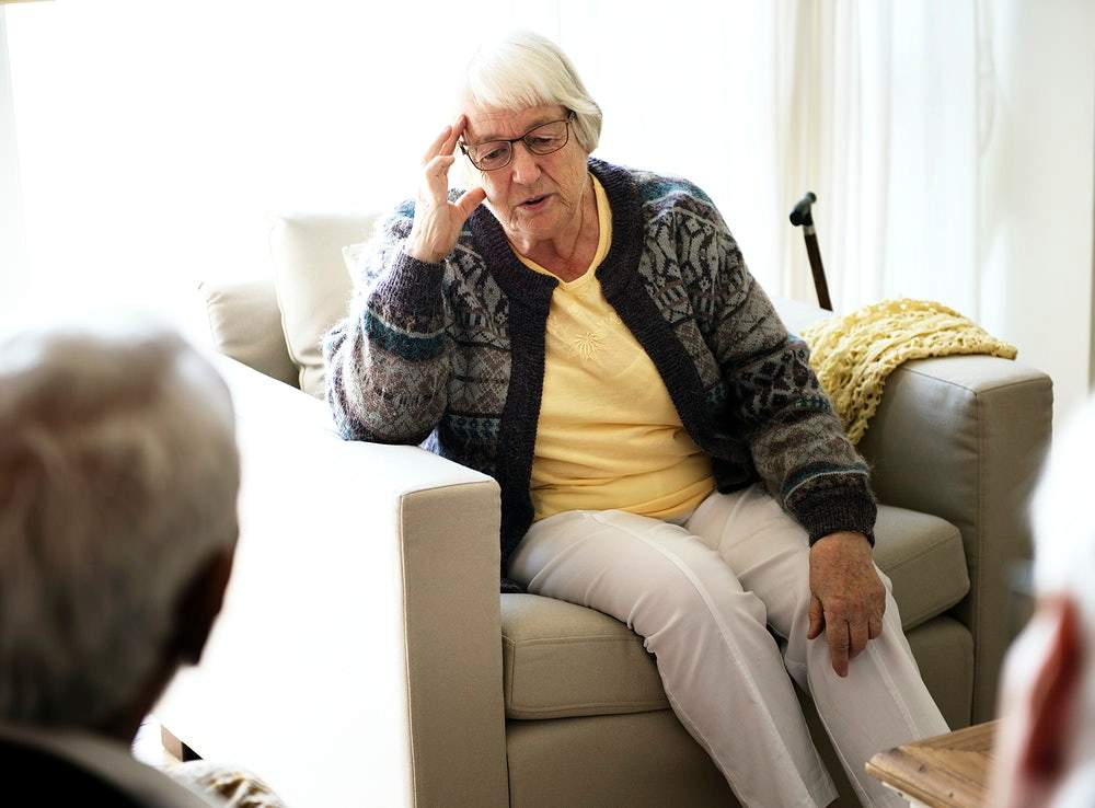 У людей літнього віку часто спостерігаються ускладнення