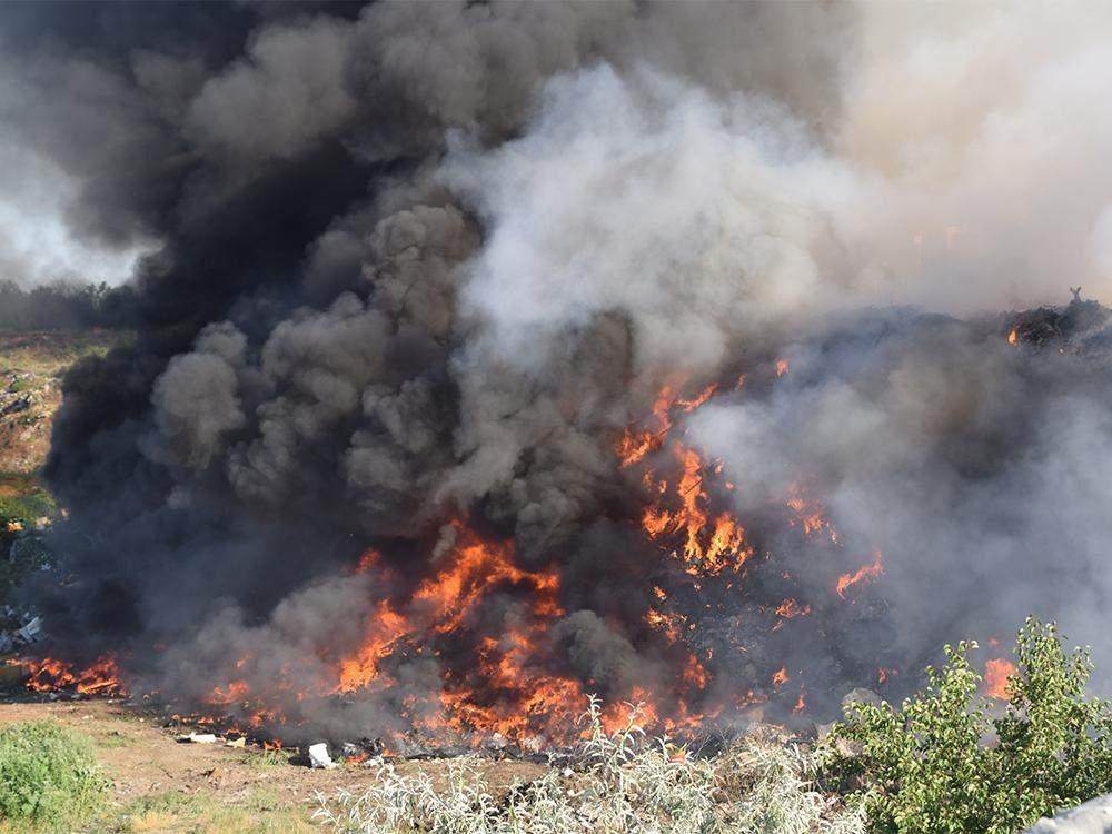 На Миколаївщині горить сміттєзвалище