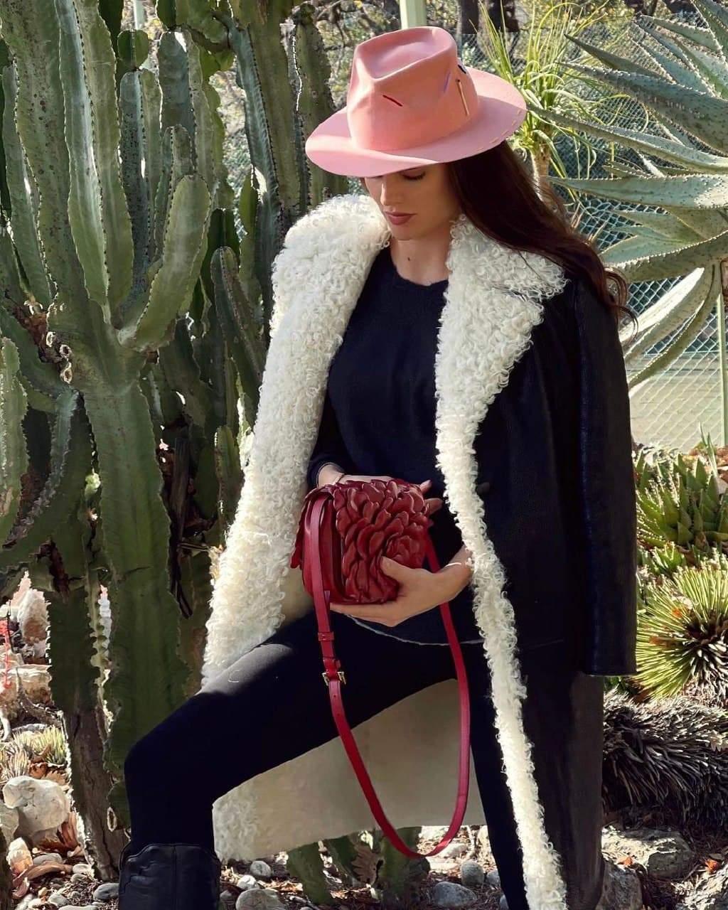 Анна Андрес показала стильний вихід