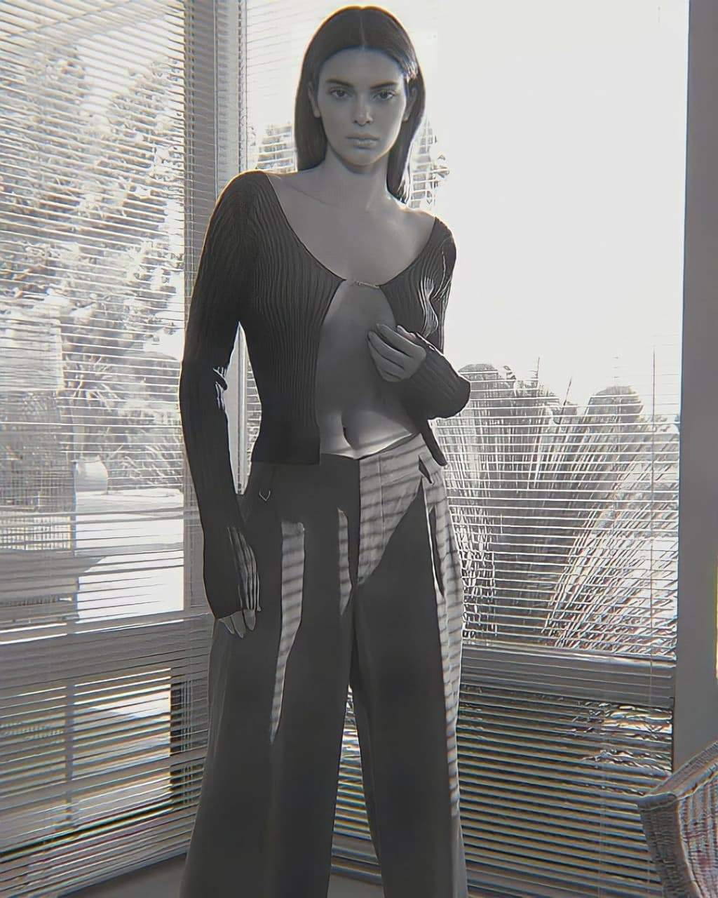Кендалл Дженнер в рекламній кампанії FWRD / Фото з сайту бренду