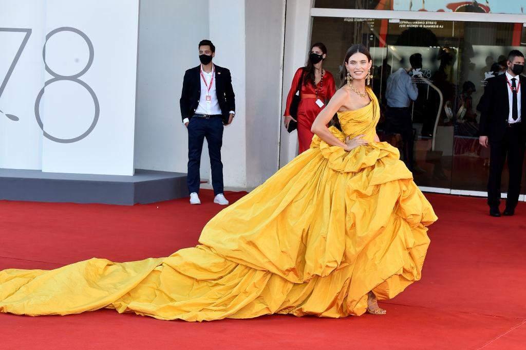 Знаменитості на червоній доріжці Венеційського кінофестивалю