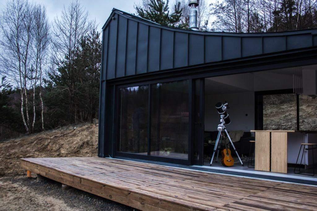 Модульный дом среди украинской природы