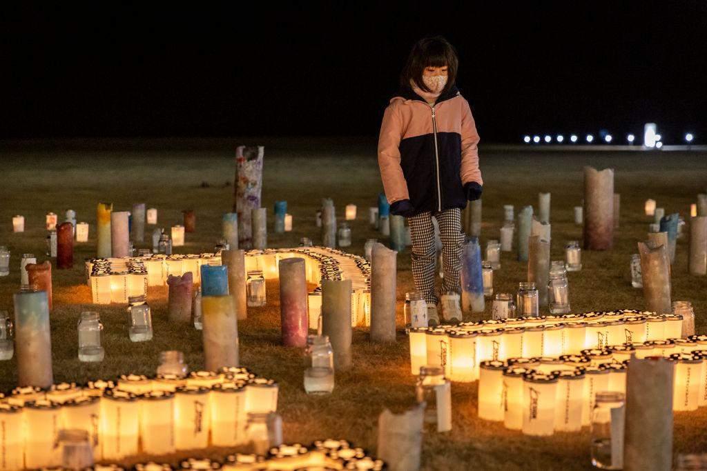 У пам'ять про загиблих люди запалили свічки
