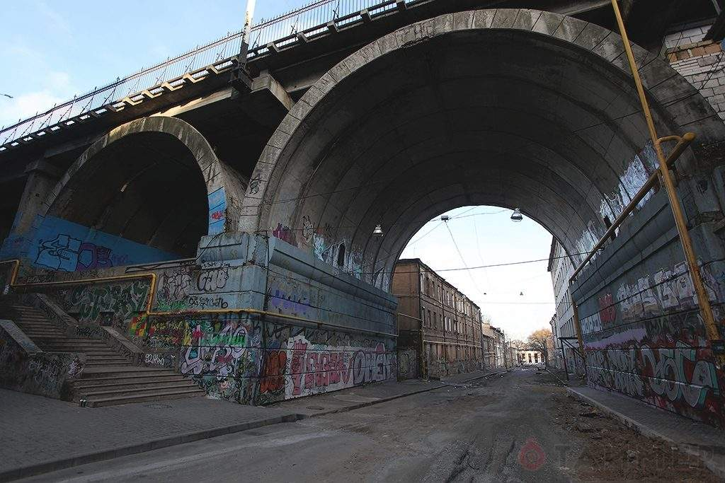 Строгановський міст в Одесі подорожі Великдень цікаві небанальні місця