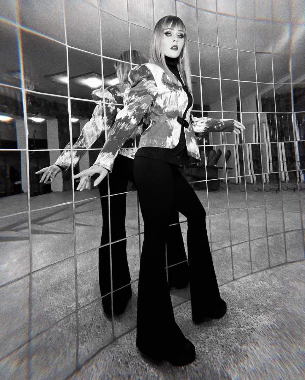 Ефектний образ Юлії Саніної / Фото з інстаграму співачки
