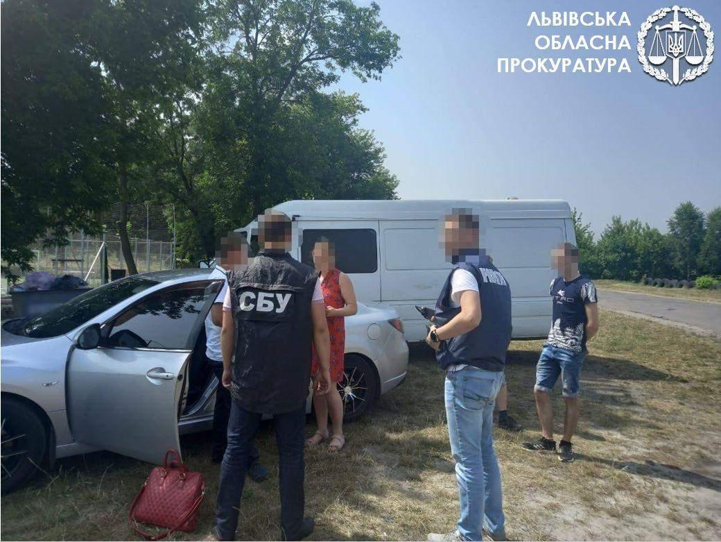 Правоохоронці спіймали на хабарі службовця Львіввугілля