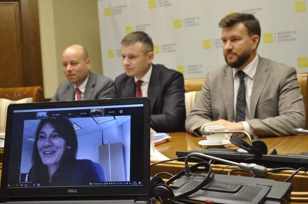 встреча главы Минфина Марченко с главой миссии МВФ в Украине Голлар