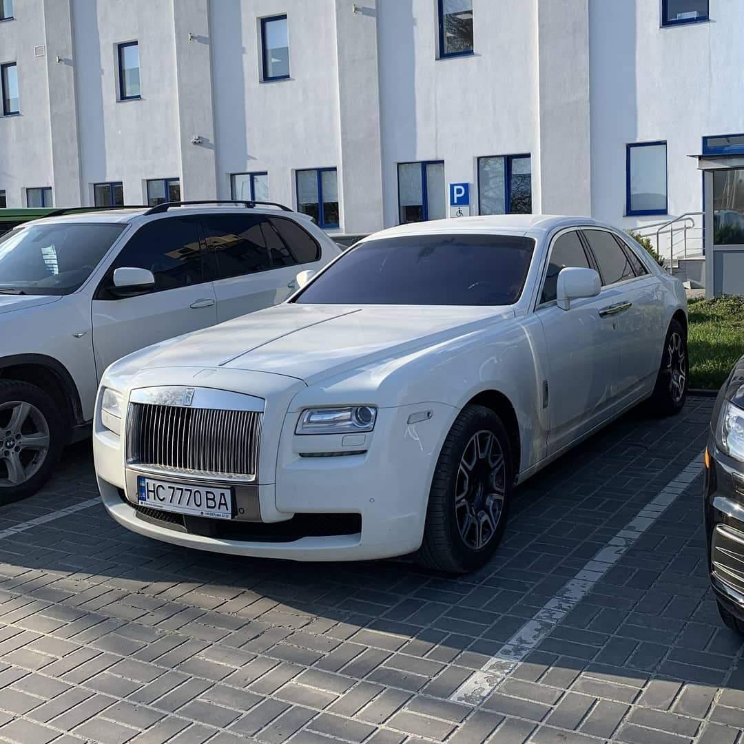 Єдиний в Україні: у Львові помітили Rolls-Royce Ghost вартістю 10 мільйонів – фото