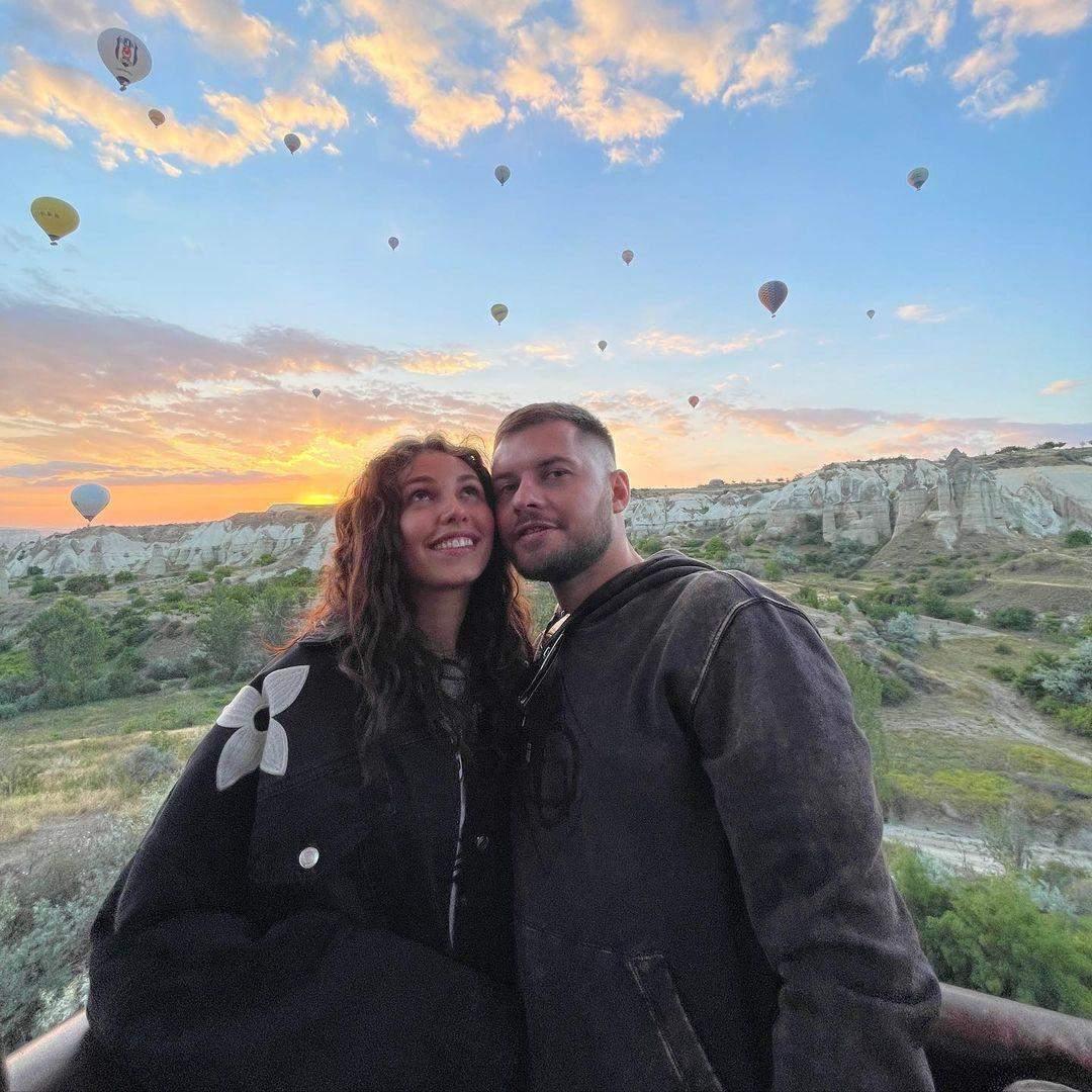 Анна Богдан з другом в Туреччині