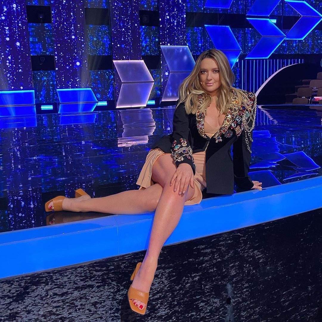 Наталія Могилевська в сукні з розрізом