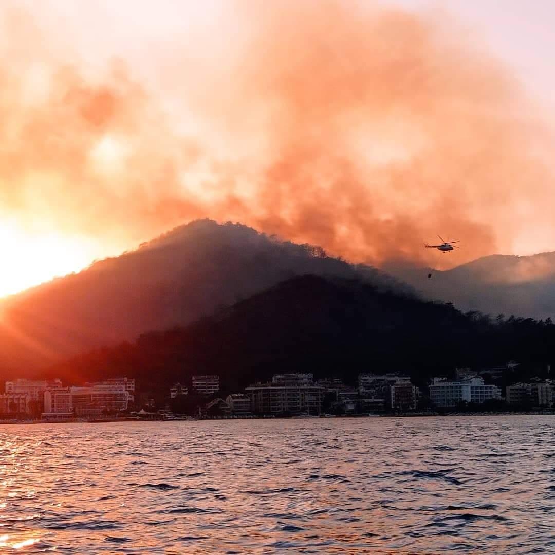 Пожежі біля Мармарису