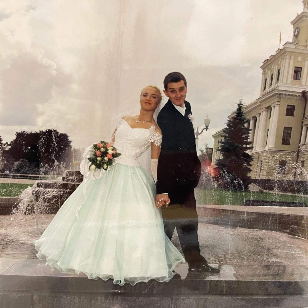 Дядя Жора и его дружная на свадьбе в 2001 году