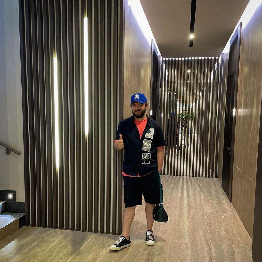 Дзідзьо у новій квартирі в Києві
