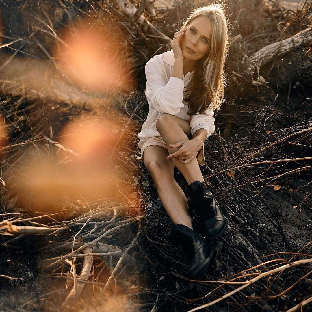 Ольга Фреймут показала стройные ножки
