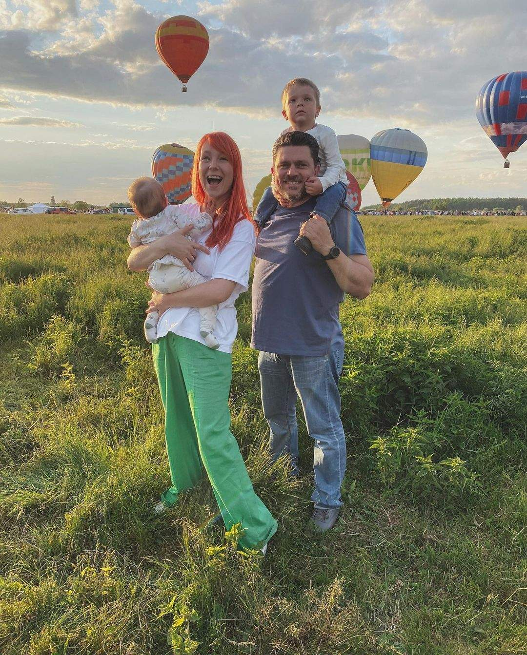 Світлана Тарабарова з чоловіком і дітьми