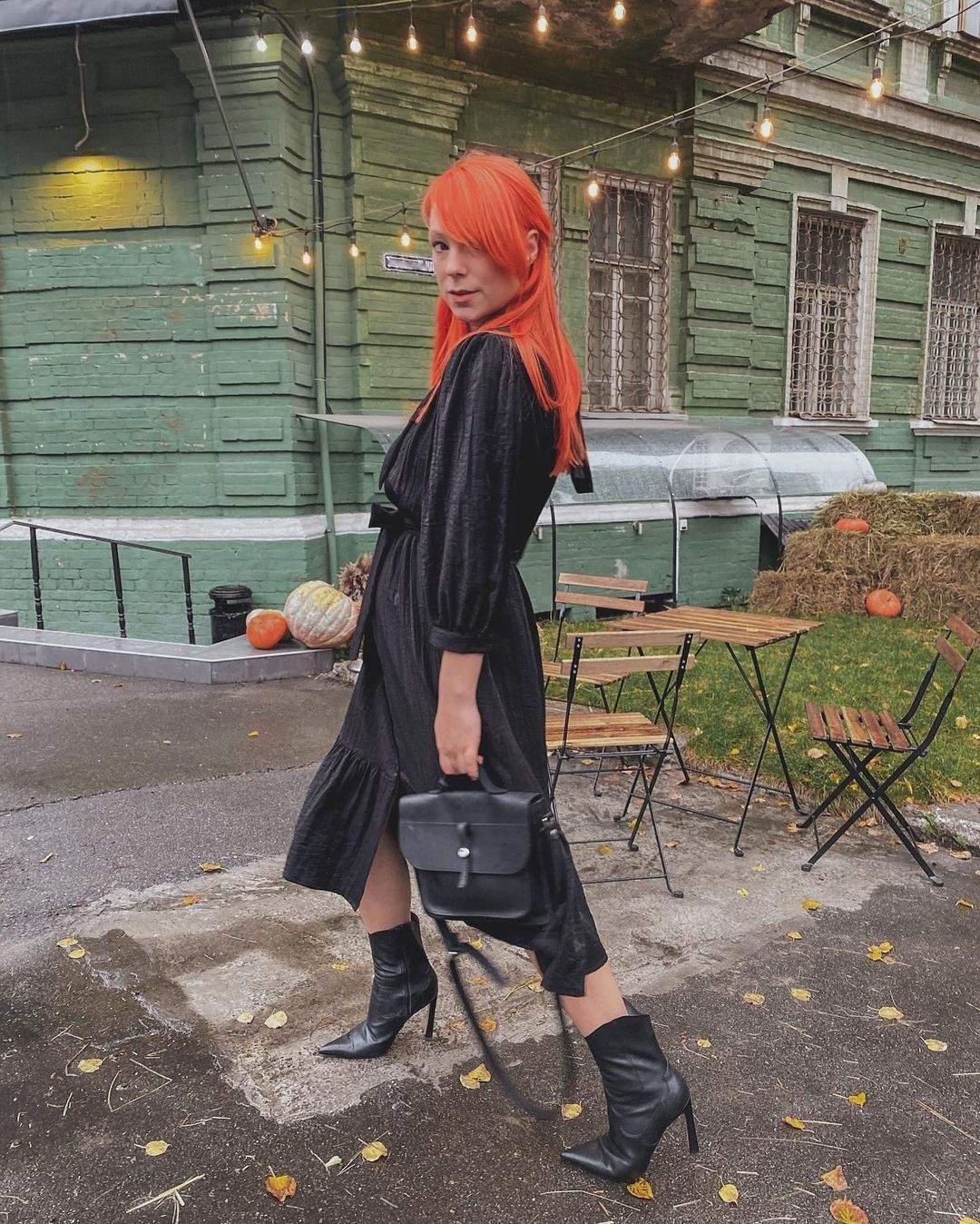 Світлана Тарабарова в образі total black