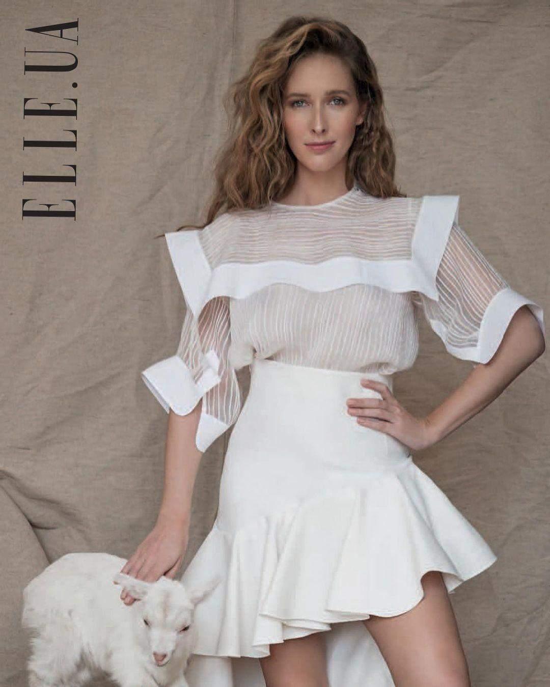 Катя Осадча для Elle 2017 року