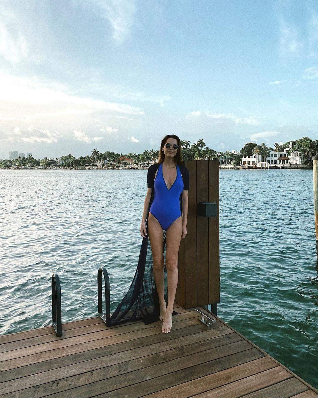 Олеся Стефанко в купальнику