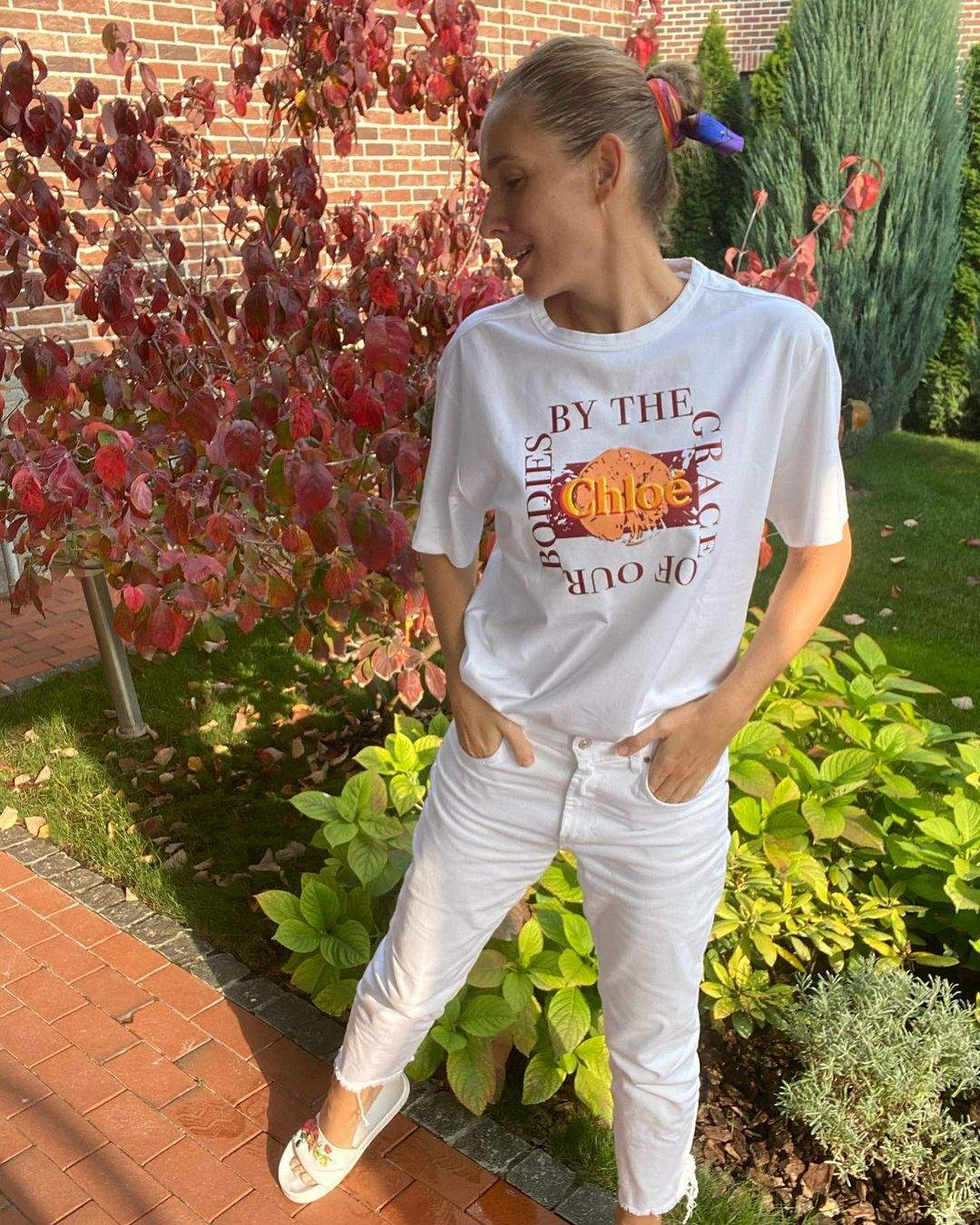 Катя Осадча у футболці за 11 тисяч гривень