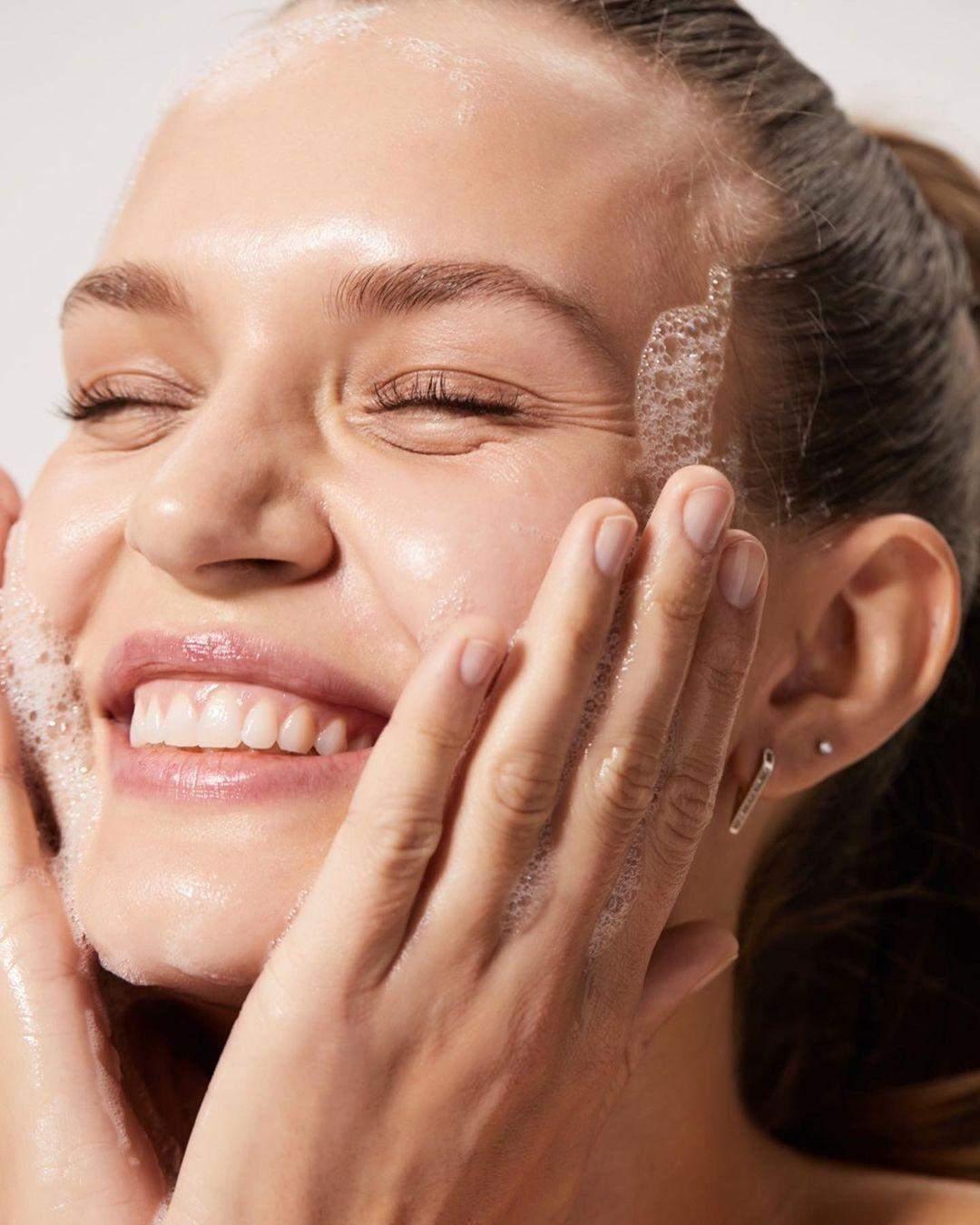 Причини сухості шкіри