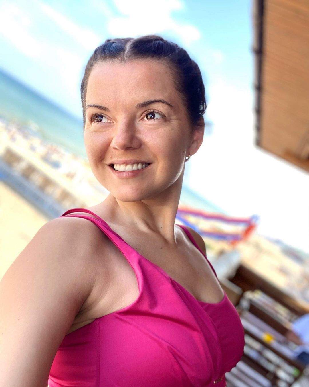Марічка Падалко на пляжі в Грибівці