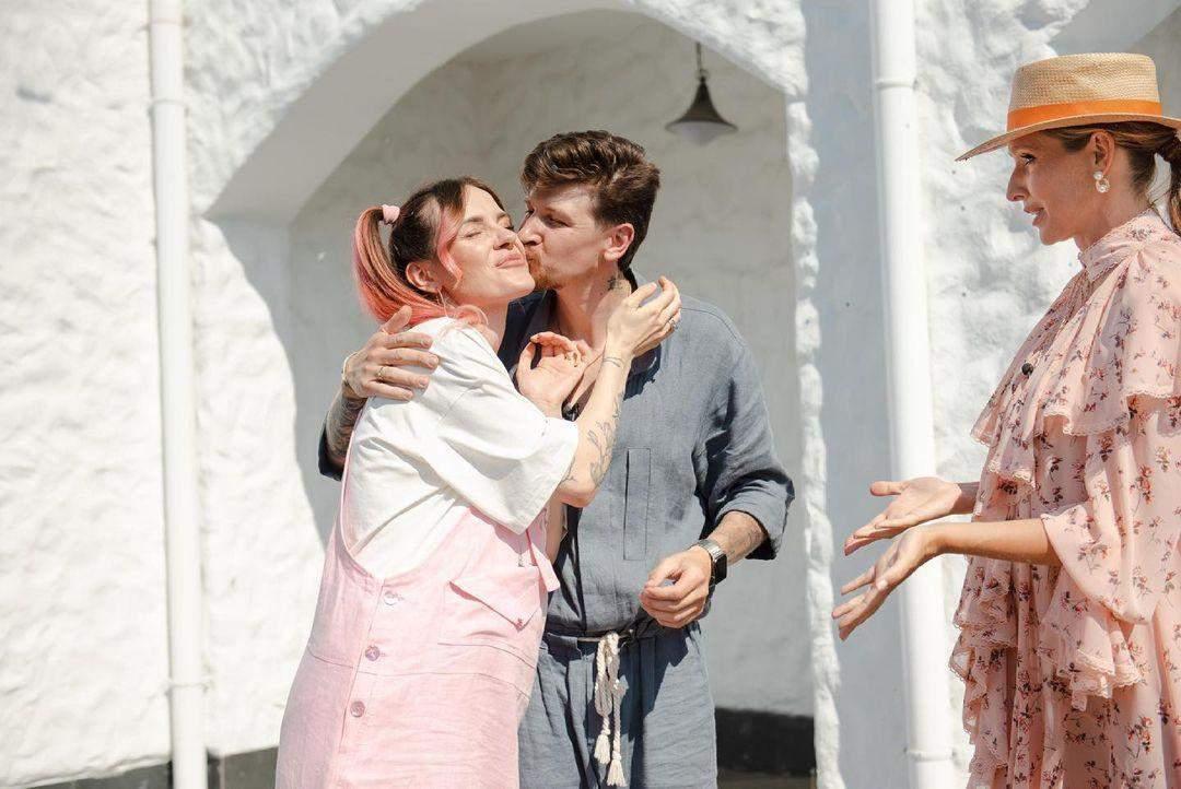 MamaRika з чоловіком і Катею Осадчою