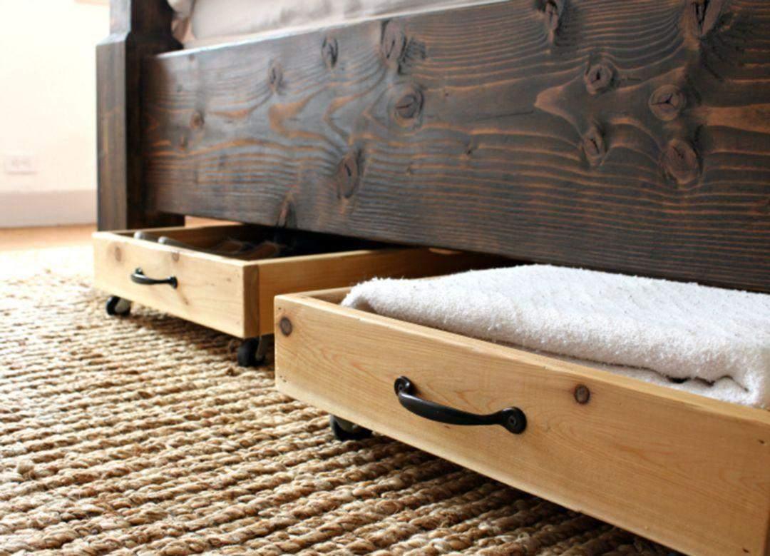 Нужно вытирать пыль под кроватью и пылесосить шкафы и тумбы