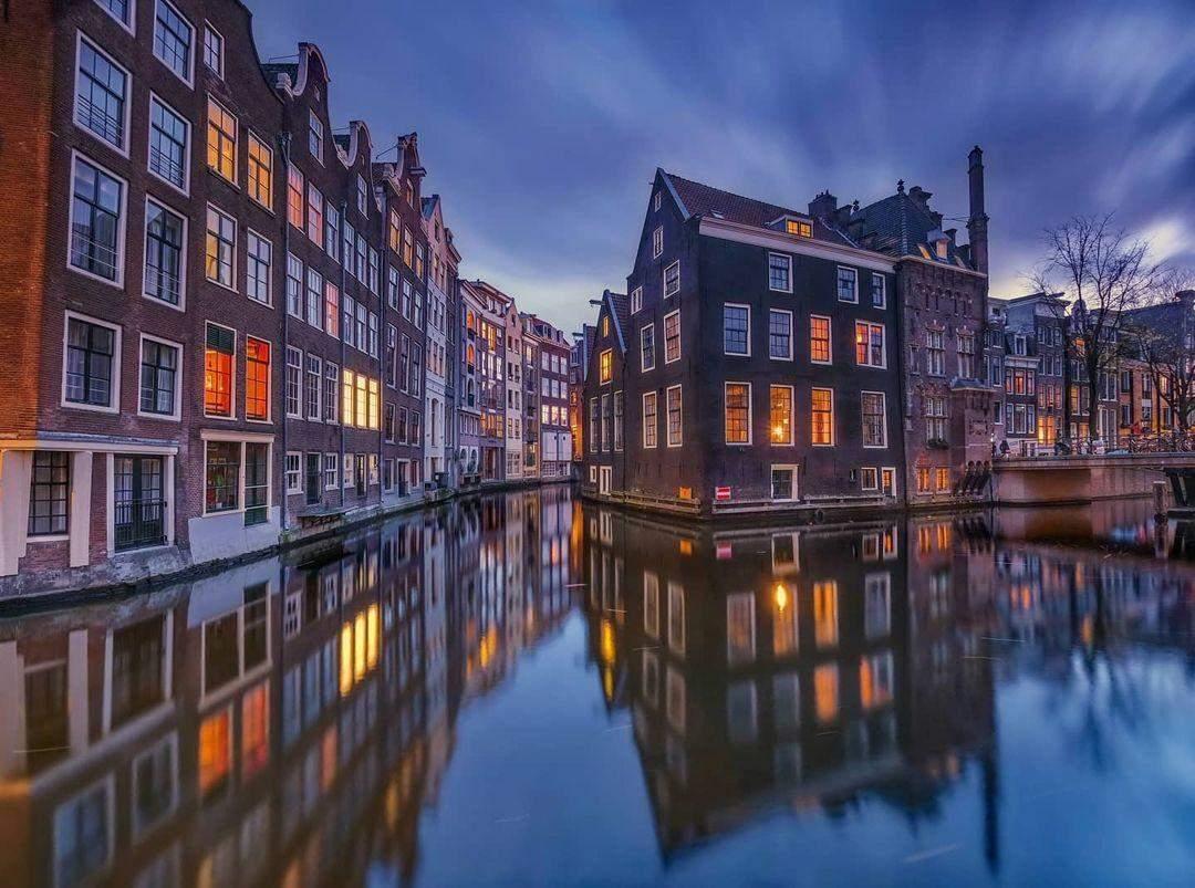 Канали Амстердама  / Фото instagram amsterdamworld