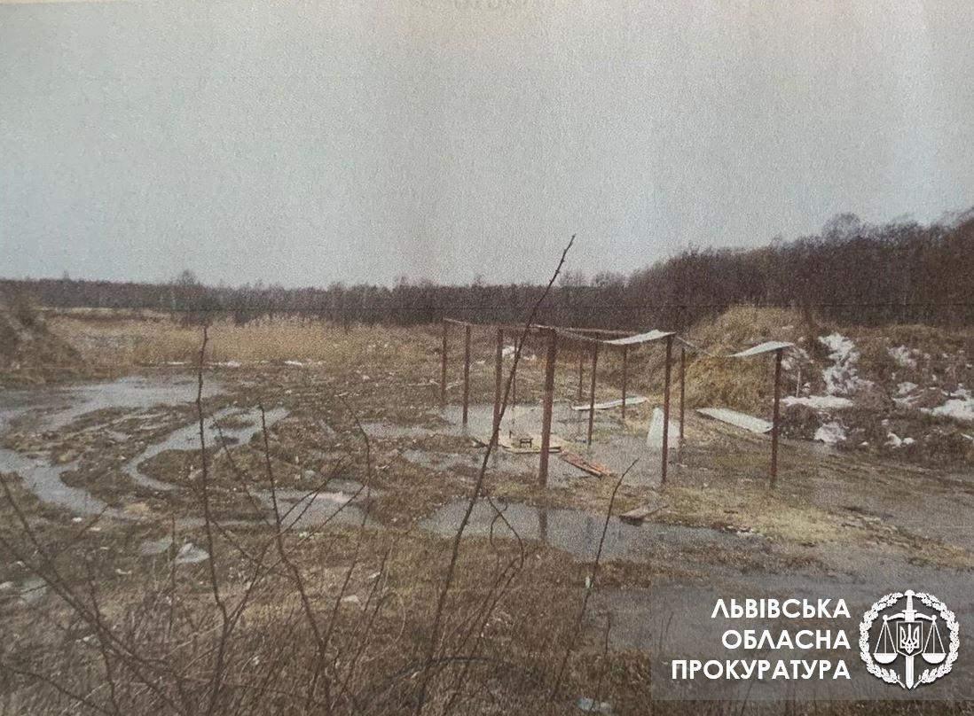 Львів'янин привласнив пів мільйона гривень під час реконструкції сміттєзвалища: фото