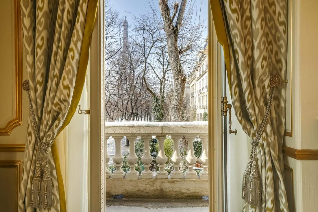 Неймовірний вид із вікна / Фото JamesEdition