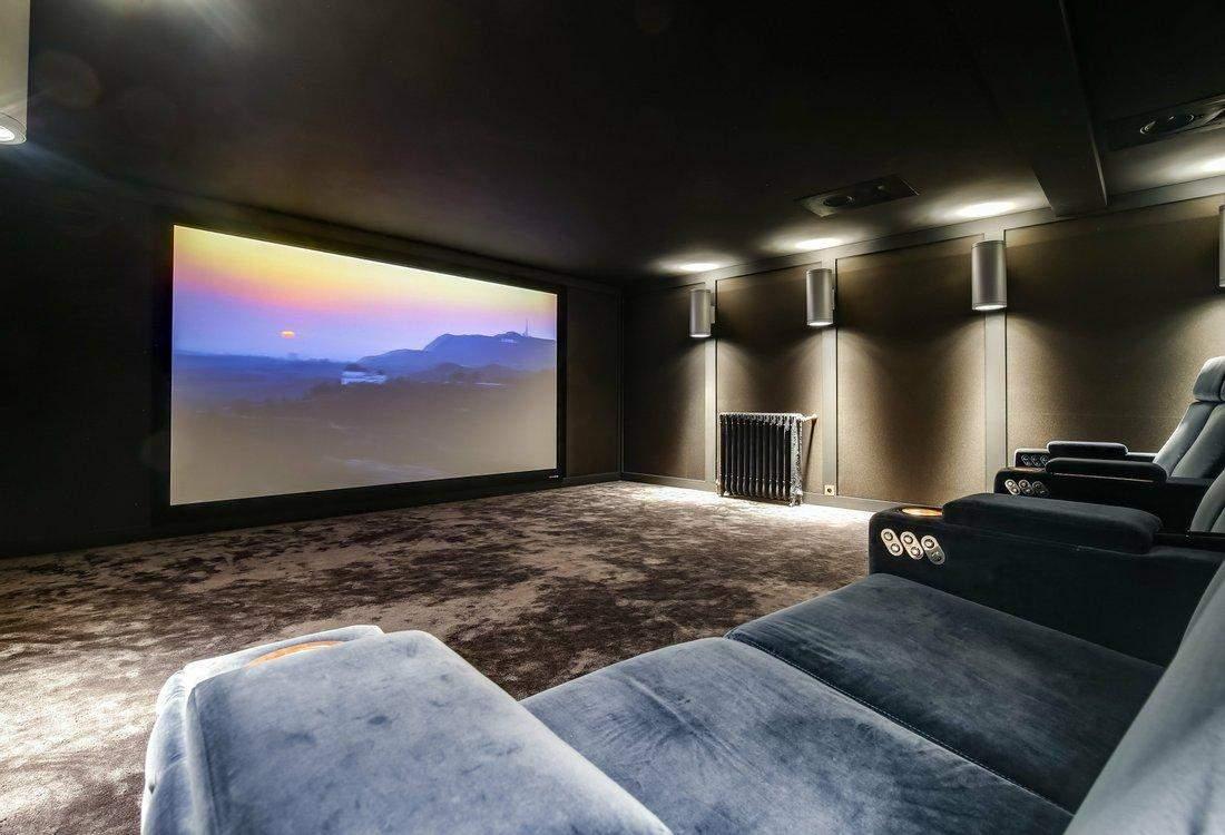 Неймовірний домашній кінотеатр / Фото JamesEdition