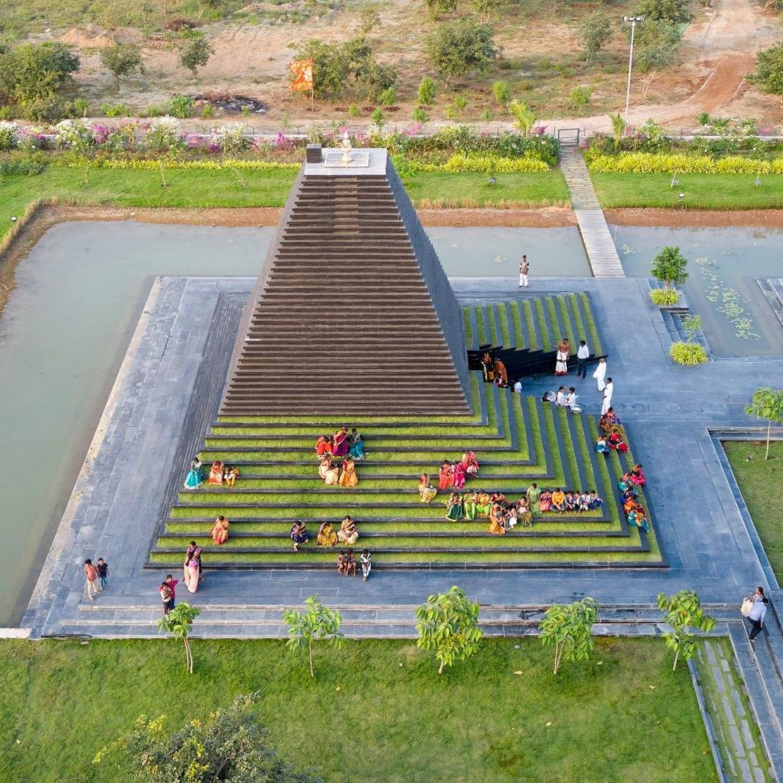 Індуїстський храмовий комплекс / Фото Dezeen