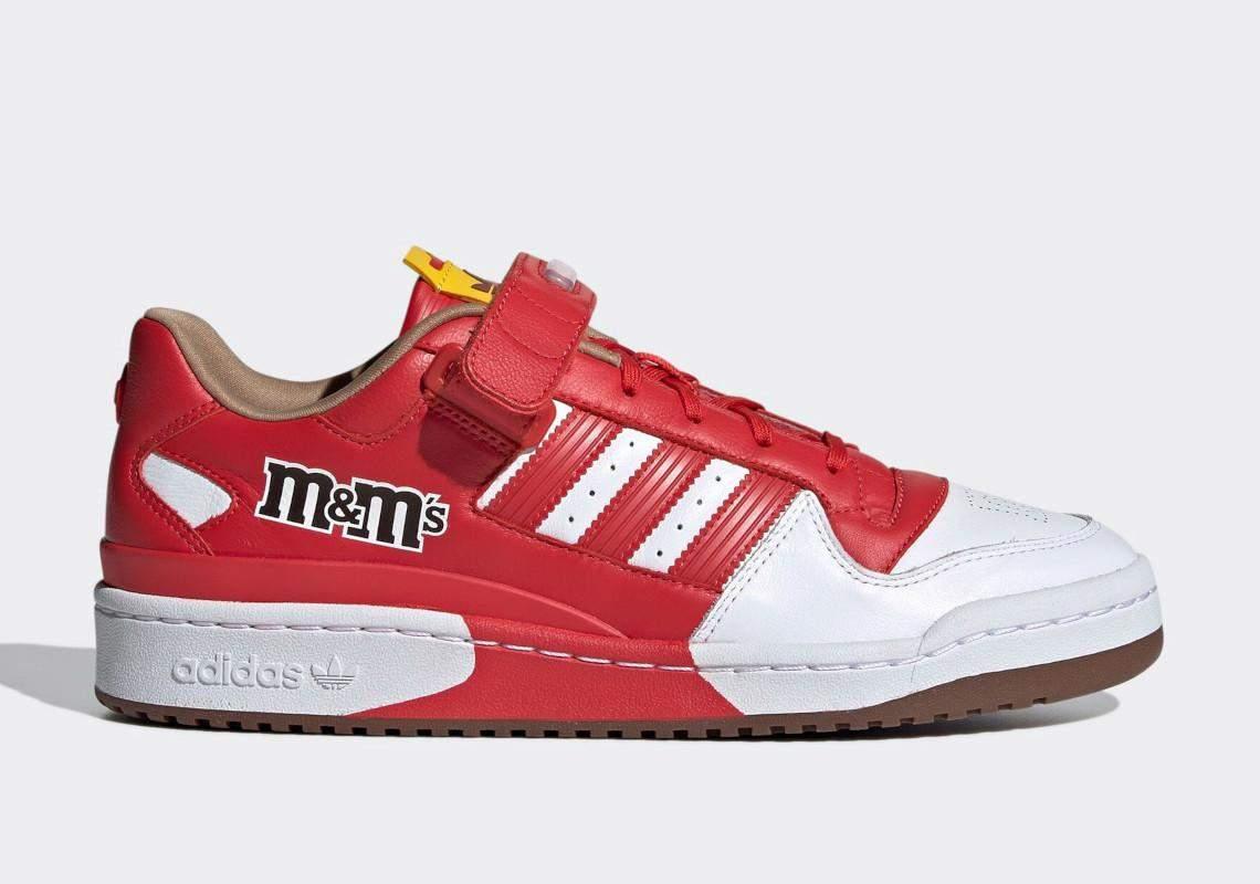 Adidas представив колаборацію з M&M's