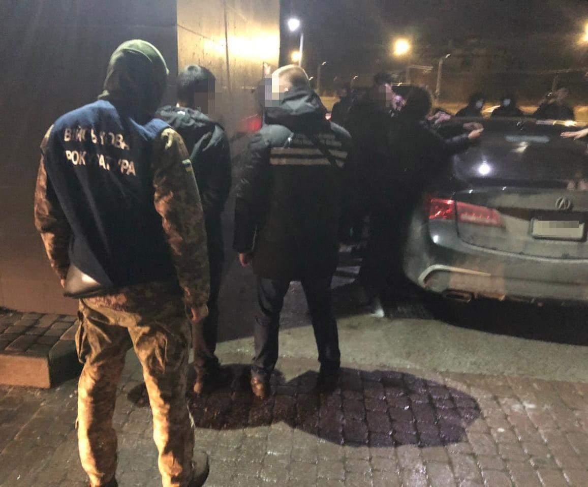У Львові співробітники СБУ затримали наркоторговця: фото