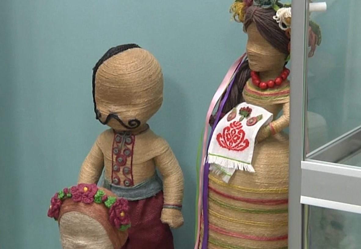 Традиційні українські ляльки