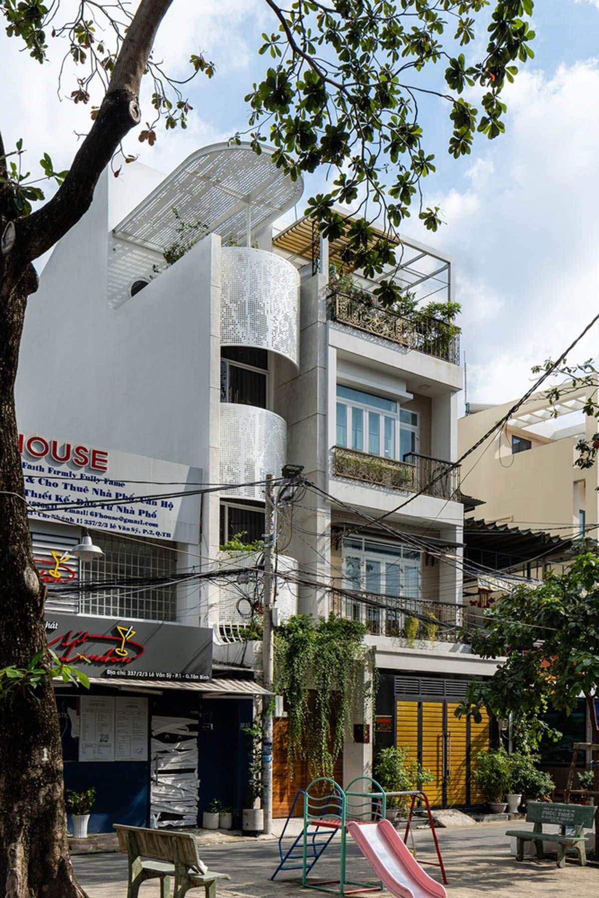 Компактна в'єтнамська резиденція /  Фото World Architecture