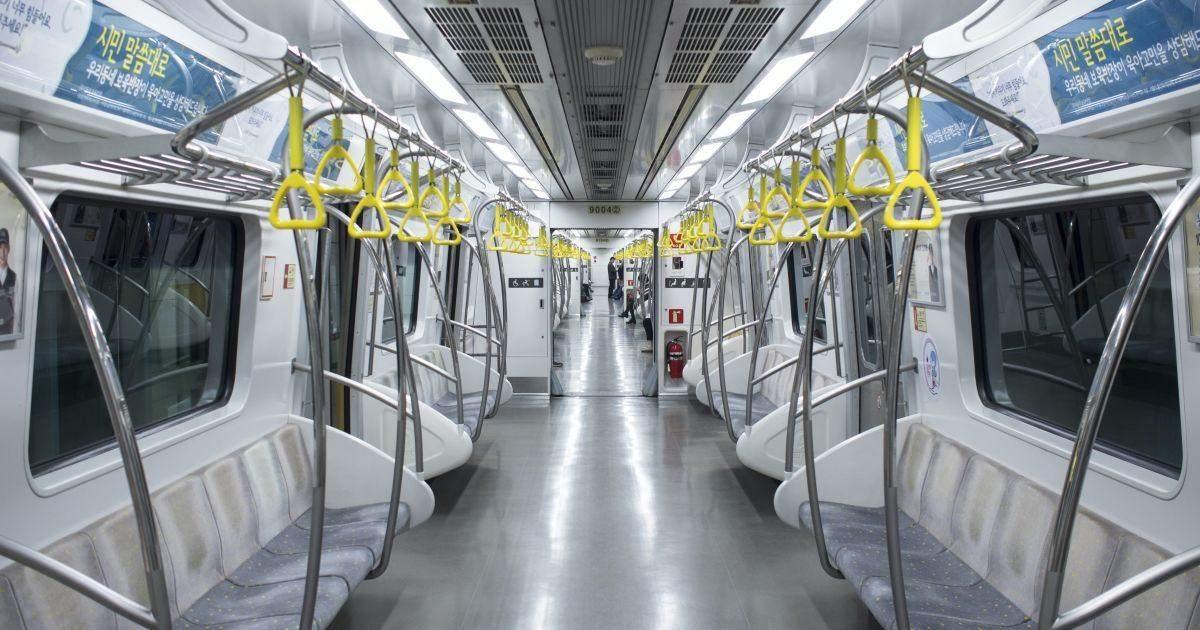 У Києві куплять наскрізні вагони в метро