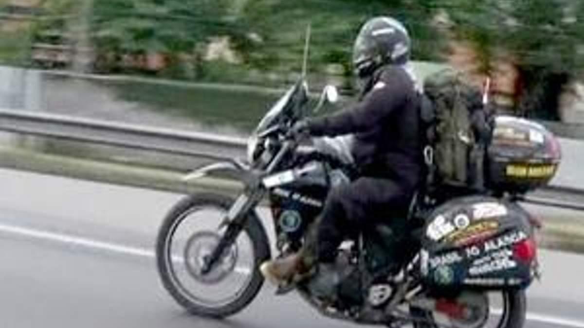 69-летний байкер отправился в мотопутешествие из Рио в Аляску