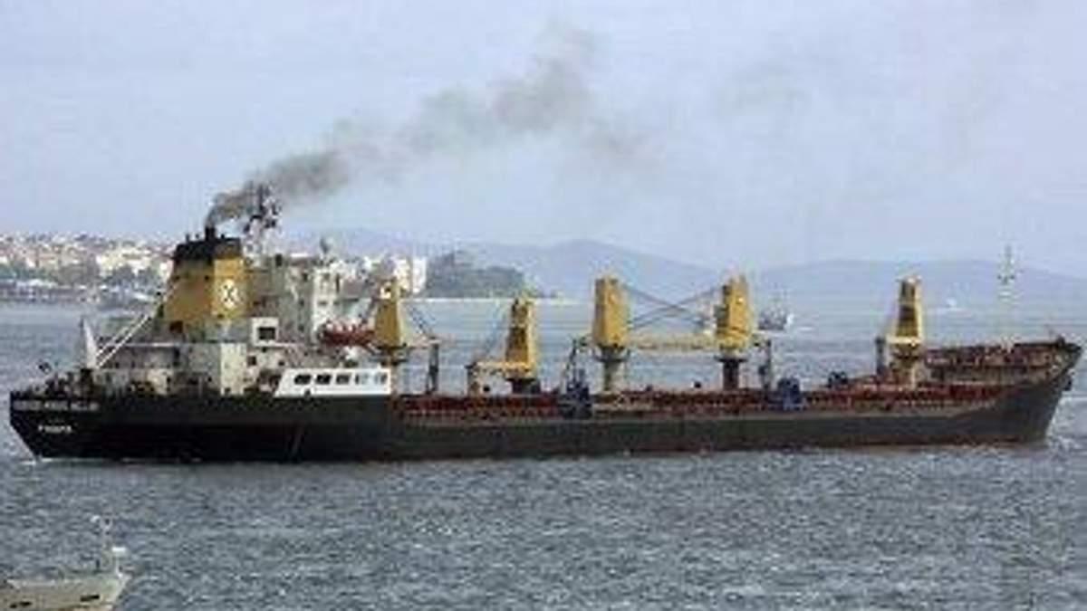 Сомалийские пираты получили 3,5 миллиона долларов за греческое судно