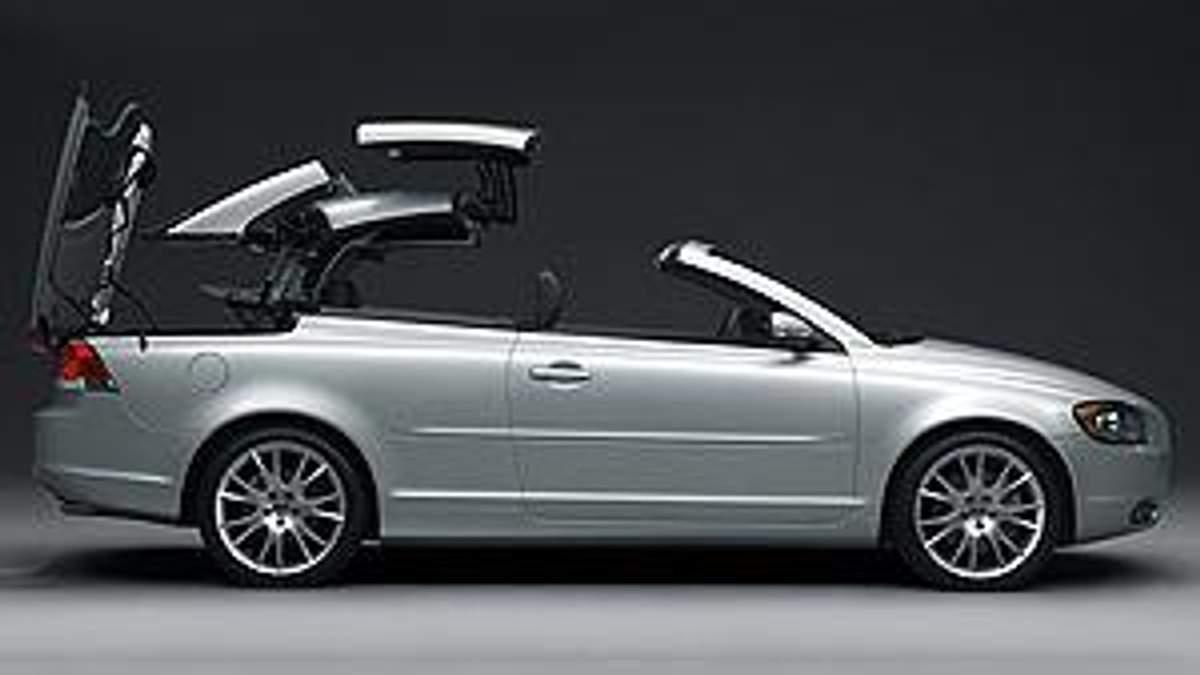 Volvo закрывает завод и снимает с производства кабриолет C70