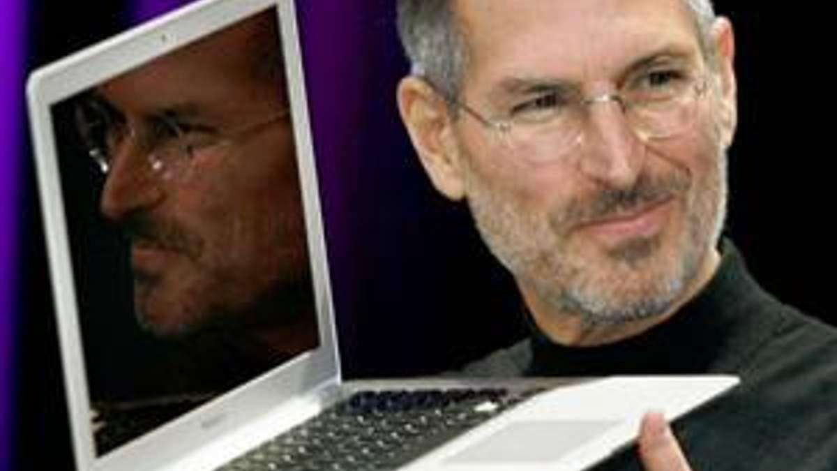 Тема недели: Основатель корпорации Apple Стив Джобс умер в возрасте 56 лет