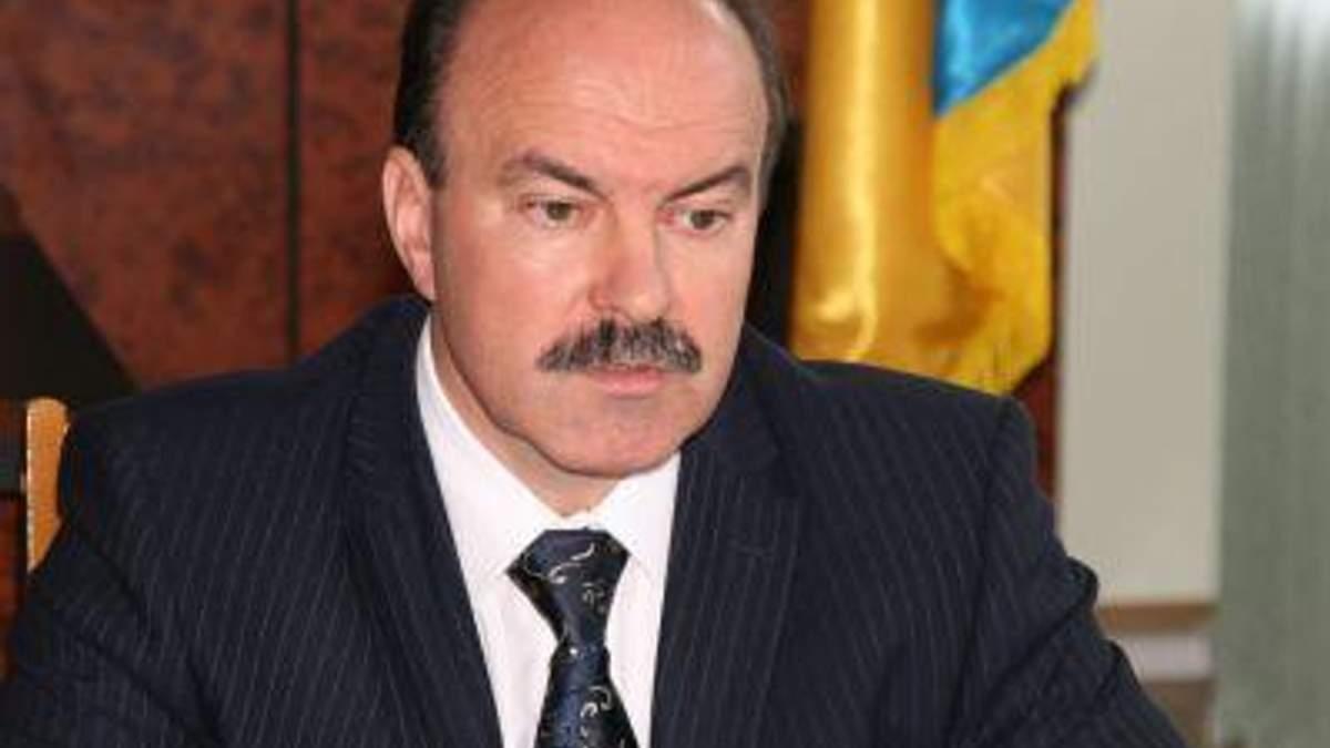 Экспресс: Губернатор Львовщины подал в отставку после критики Азарова