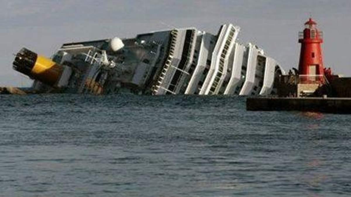 """Із """"Costa Concrodia"""" врятували жінку, чия бабця вижила при аварії """"Титаніка"""""""