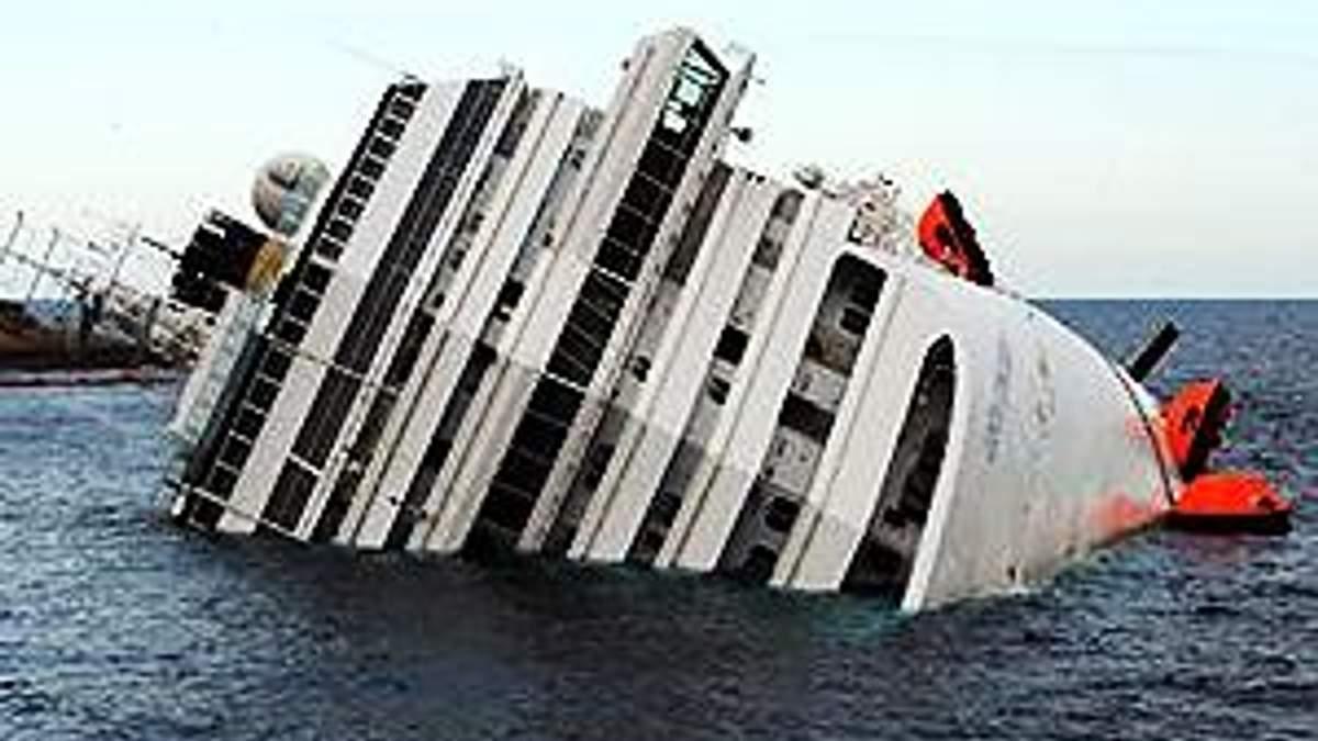 Жертвами аварії Costa Concordia офіційно називають 16 людей