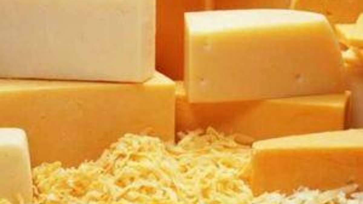 Сири трьох українських заводів заборонили у Росії