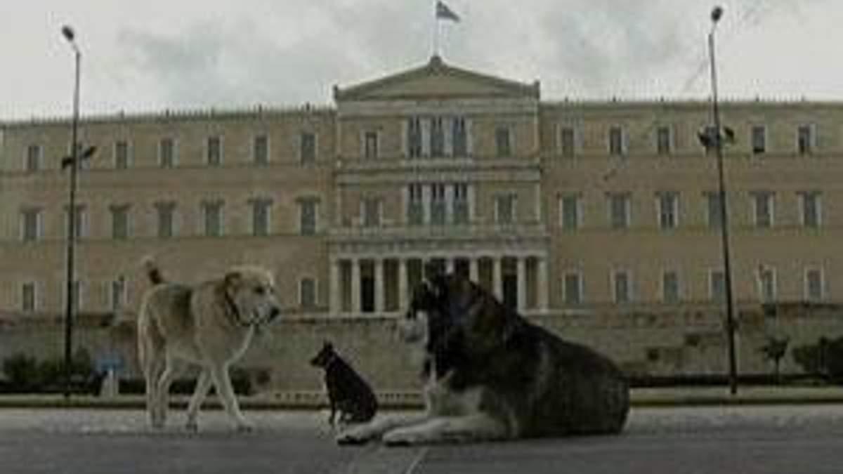 Греція: парламент готується схвалити непопулярну кредитну угоду