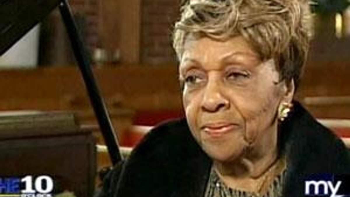 Мати Уітні Х'юстон не тримає зла на покійну доньку через наркотики - 3 квітня 2012 - Телеканал новин 24