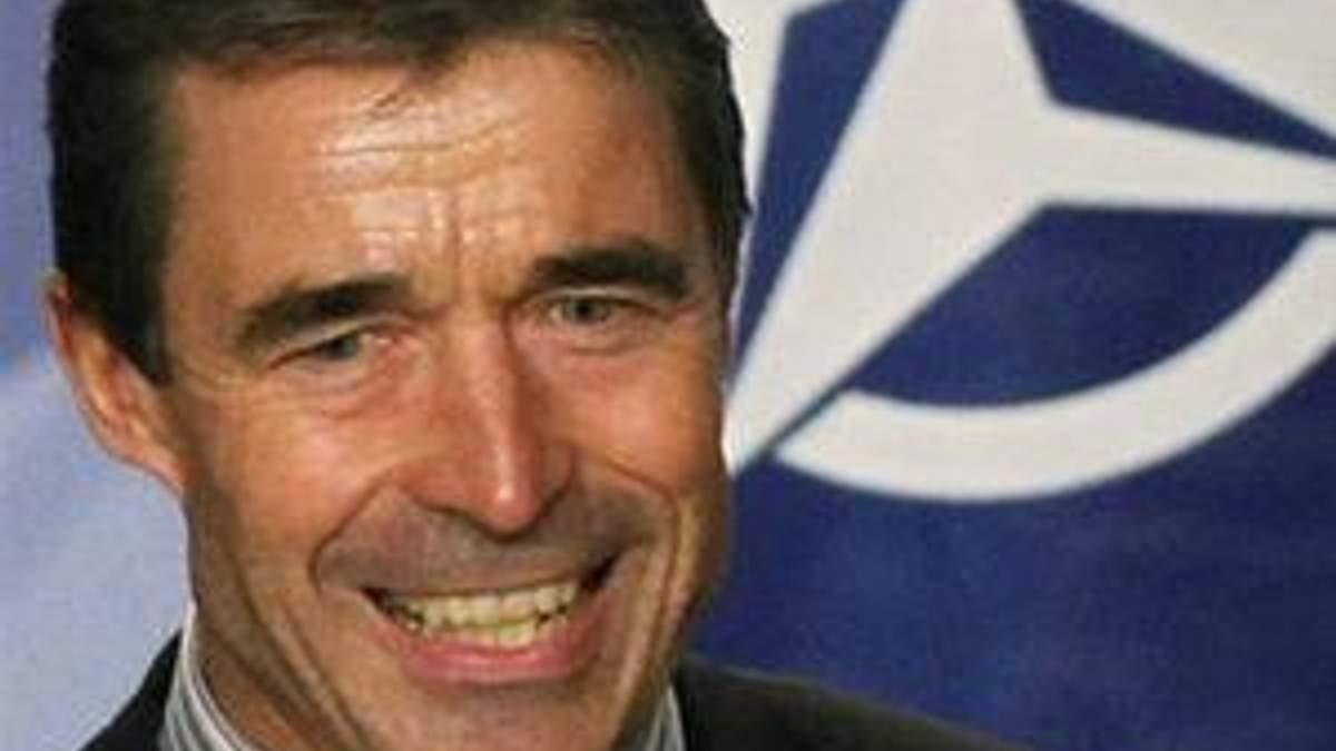 Расмуссен назвав Грузію зразковим партнером НАТО